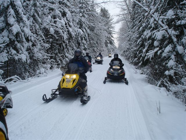 Gaylord group in route to Mackinaw enjoying great snow conditions on January 17, 2008.